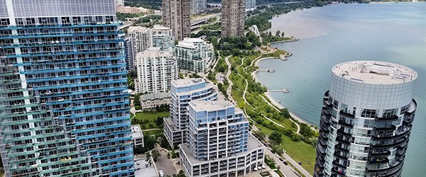 New Condo For Sale In Parklawn